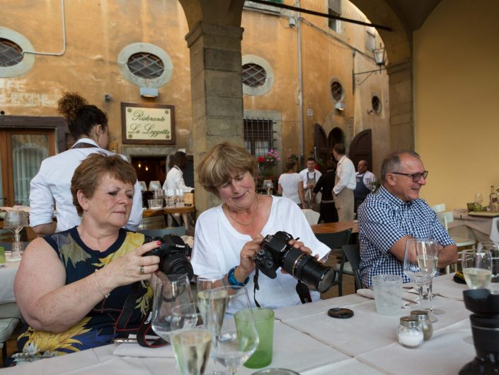 photography courses tuscany holiday retreat learn photograph lessons wine tuscan